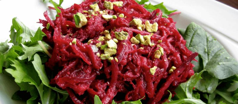 Салат из свеклы с чесноком и майонезом: пошаговый рецепт с фото