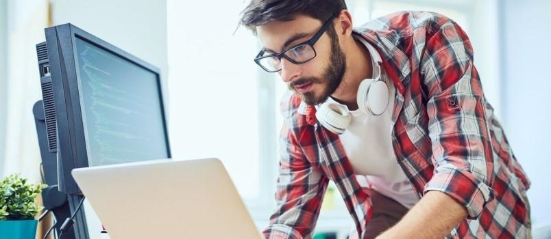 Профессия веб-разработчик: обязанности, зарплата специалиста и где пройти обучение